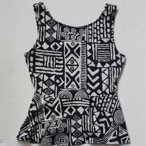 🌻NWT Forever 21 Aztec/Funky Pattern Tank